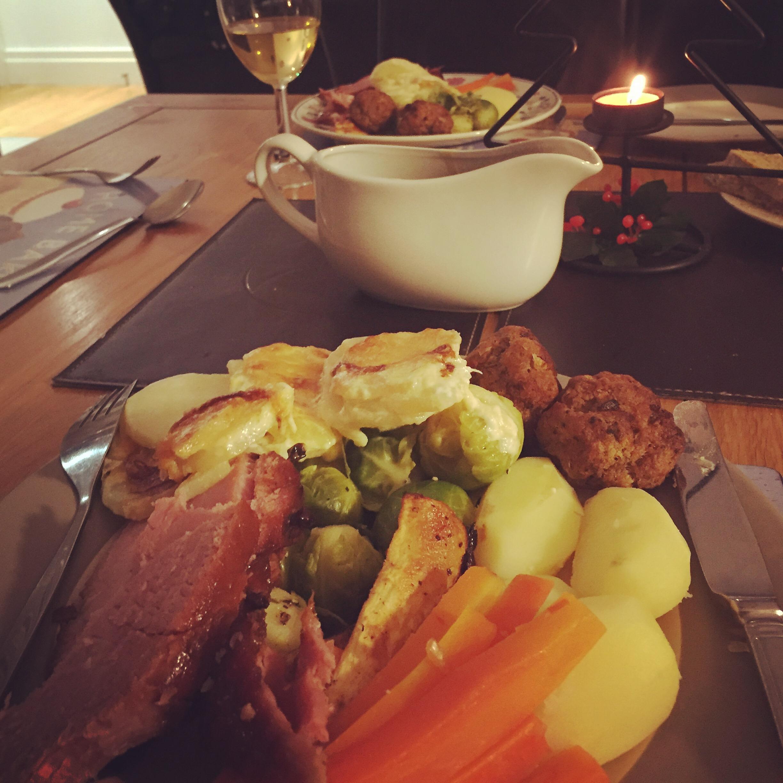 Traditional Irish Christmas Dinner.Northern Ireland Christmas Dinner Belfast Travels